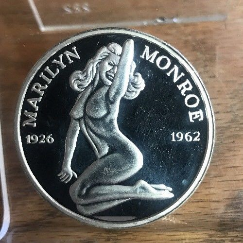 Marilyn Monroe Nude One Troy Ounce .999 Fine Silver Round